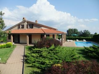 Charming Villa with Satellite Or Cable TV and Private Outdoor Pool - Lubriano vacation rentals