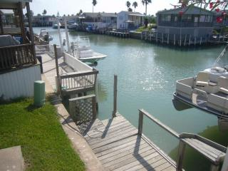 2 bedroom Cottage with Shared Outdoor Pool in Port Isabel - Port Isabel vacation rentals