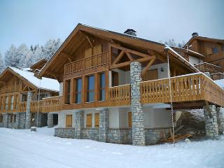 Chalet Dasselberg sleeps 10p and is directly on the piste! - Vallandry vacation rentals