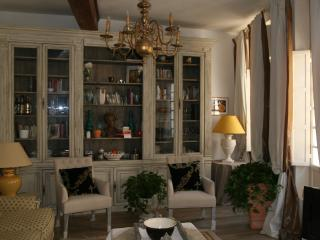 3 bedroom Apartment with Internet Access in Avignon - Avignon vacation rentals