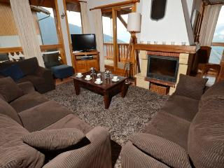 Perfect 4 bedroom Ski chalet in Vallandry with Central Heating - Vallandry vacation rentals