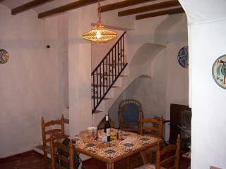 Nice Townhouse with Long Term Rentals Allowed and Refrigerator - Oliva vacation rentals
