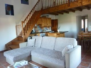 Lovely 3 bedroom Condo in Canaules-et-Argentieres with Internet Access - Canaules-et-Argentieres vacation rentals