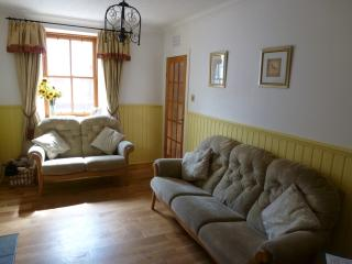 Bright 3 bedroom Cottage in Buckie - Buckie vacation rentals