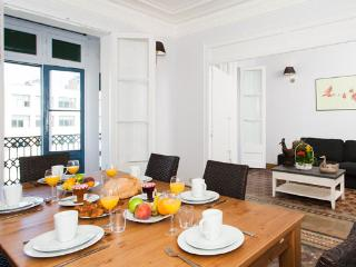 Classical Paseo de Gracia 5BR/2BA for 12 people - New York City vacation rentals