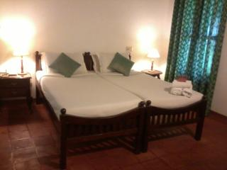 Perfect Guest house with A/C and Telephone - Kumarakom vacation rentals