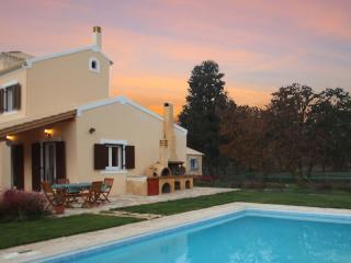 Bright 4 bedroom Villa in Agios Ioannis - Agios Ioannis vacation rentals