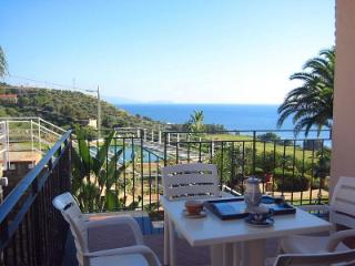 Beautiful 1 bedroom Acciaroli House with Deck - Acciaroli vacation rentals