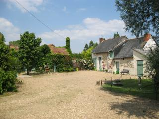 2 bedroom Gite with Internet Access in Noyant - Noyant vacation rentals