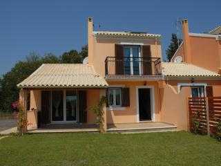 Bright Villa with Internet Access and A/C - Agios Ioannis vacation rentals