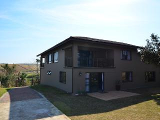 Spacious 4 Bedroom D/Storey House South Coast one hour from Durban - Scottburgh vacation rentals