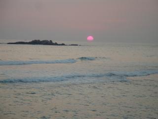 Galle Henna Beach House, Unawatuna - Rent By Room - Unawatuna vacation rentals