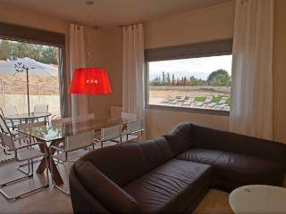 Spacious and cozy appartment of 90sq meters - Cascante vacation rentals