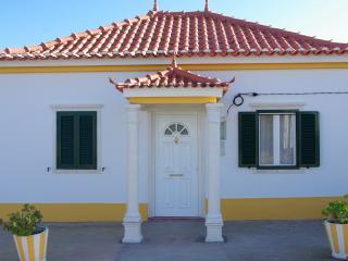 Casinha d'Alice & Serge - Nazare vacation rentals