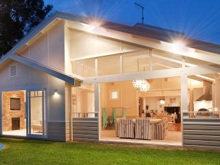 Bright House with Internet Access and A/C - Mona Vale vacation rentals