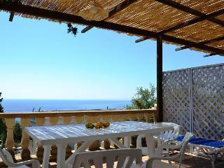 Nice Condo with Balcony and Parking - Marina di Novaglie vacation rentals