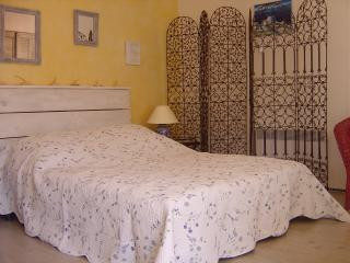 Nice B&B with Linens Provided and Television - La Ciotat vacation rentals