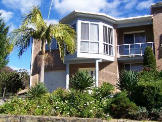2A Hume Road - Batehaven vacation rentals