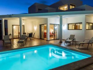 3 bedroom Villa with Internet Access in Playa Blanca - Playa Blanca vacation rentals