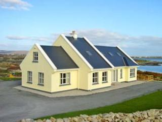 Nice Cottage with Parking Space and DVD Player - Carna vacation rentals