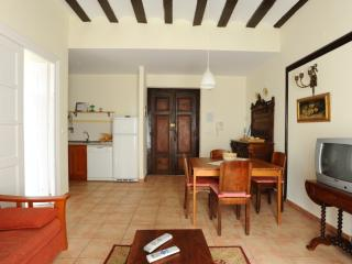 Nice Condo with Internet Access and Central Heating - Labastida vacation rentals