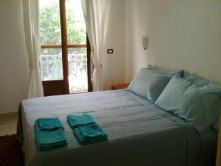 Beautiful House with Balcony and Central Heating - Botricello vacation rentals