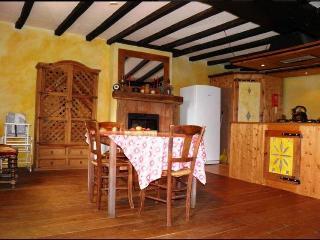 4 Bedroom Gite near Bais in Mayenne, France - Champgenéteux vacation rentals