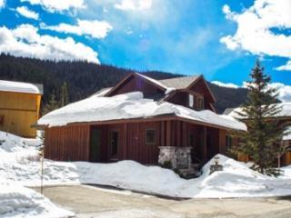 Fairway's Cabins and Cottages - Cabin 12 - Sun Peaks vacation rentals