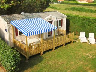 Three Bed Mobile Home With Wooden Decking - Jard-sur-Mer vacation rentals