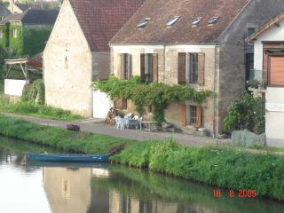 The Old Barges' Inn - Clamecy vacation rentals
