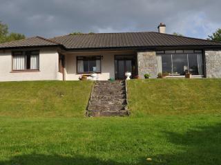 Cozy 3 bedroom Lodge in Tuosist with Internet Access - Tuosist vacation rentals