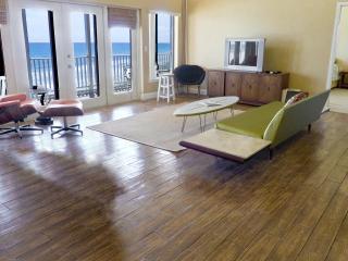 Melbourne Beach Ocean Side Penthouse 4bd 3ba Condo - Melbourne Beach vacation rentals