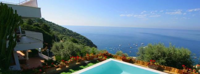 6 bedroom Villa in Marina Del Cantone, Costa Sorrentina, Amalfi Coast, Italy : ref 2230494 - Image 1 - Marina del Cantone - rentals