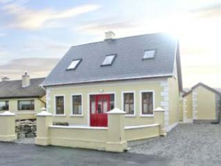 Nice 3 bedroom Cottage in Foxford - Foxford vacation rentals