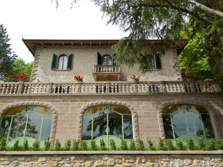 Villa Mondello in Tuscany, great view on the hills - Castel San Niccolo vacation rentals