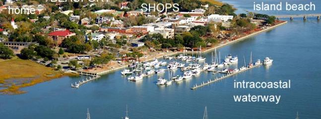 Historic District-Walk Everywhere + Free Bikes - Beaufort vacation rentals