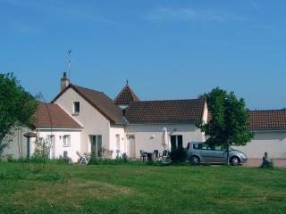 Spacious 4 bedroom Autun House with Internet Access - Autun vacation rentals