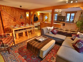 Perfect 4 bedroom Le Chable Chalet with Internet Access - Le Chable vacation rentals