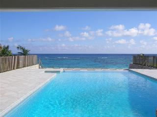 BDA - BEACHFRONT5 - Sandys vacation rentals