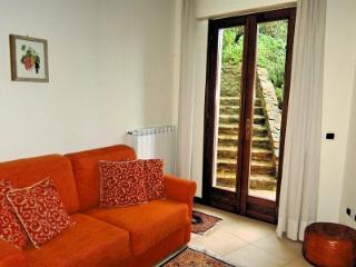 Bright 1 bedroom House in San Baronto - San Baronto vacation rentals