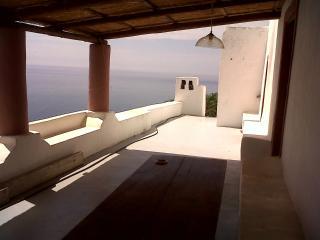 Beautiful 1 bedroom House in Lipari with Balcony - Lipari vacation rentals
