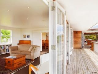 Waiheke Wonder - Waiheke Island vacation rentals