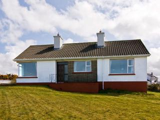 4 bedroom Cottage with Satellite Or Cable TV in Carndonagh - Carndonagh vacation rentals