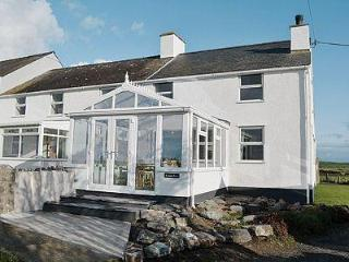 Lovely 3 bedroom House in Holyhead - Holyhead vacation rentals