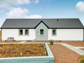2 bedroom House with Internet Access in Shotts - Shotts vacation rentals