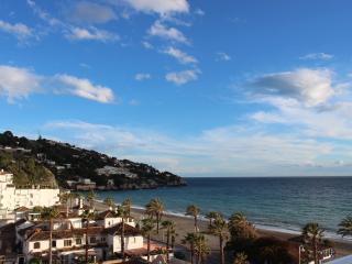 La Princesa front line beach apartment, La Herradura. - La Herradura vacation rentals