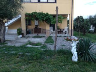 Nice House with A/C and Mountain Views - Buccino vacation rentals