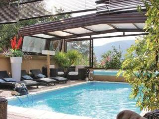 Spacious 5 bedroom House in Montelimar with Internet Access - Montelimar vacation rentals