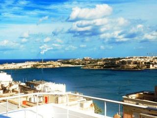 Panoramic Deluxe Penthouse - Valletta Centre - Saint Julian's vacation rentals