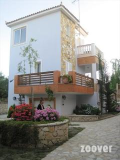 Charming 1 bedroom Apartment in Agios Sostis - Agios Sostis vacation rentals